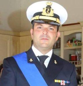 Il lutto straziante per il comandante Gaetano D'Ambra